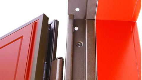 dettaglio-porta-blindata-telaio-antistrappo